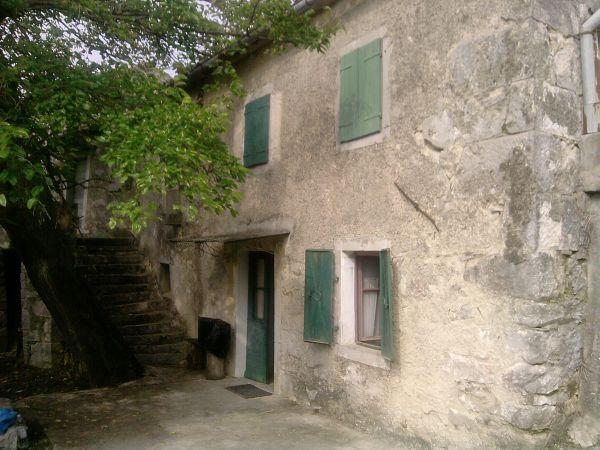 Immobiliers vendre 3 chambres villa maison vendre en for Acheter une maison en croatie