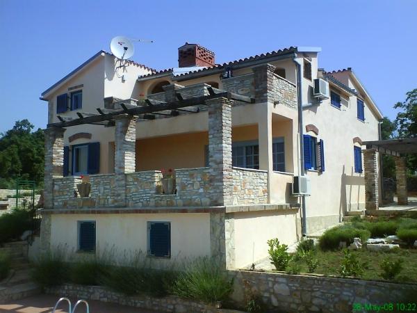 Immobiliers vendre 6 chambres villa maison vendre en for Acheter une maison en croatie